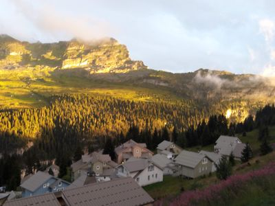 Photo for Beautiful 3-bedroom apartment in the Savoyard style in a spectacular setting
