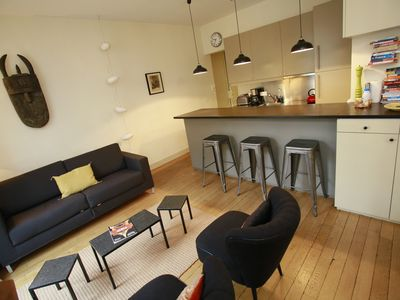 Photo for Heart Marais Stunning, Quiet & Charm Flat, 660 Sq Ft, Lift & Free Pick-up!!!