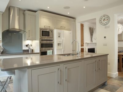 Photo for Luxury 4 Bedroom Cottage In Picturesque Riverside Town Of Marlow, nr London