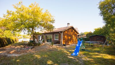 Photo for Large 145m2 house, quiet and wooded