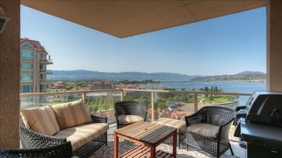 Photo for Gorgeous Lake View from this Two Bedroom Two Bathroom.  Sleeps Six!