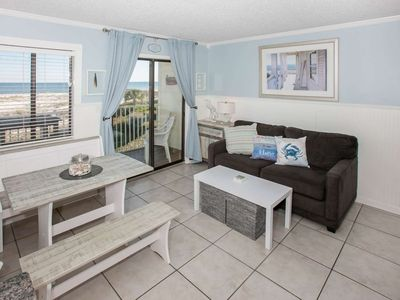 Photo for 1BR/1BA Gulf-Front, Slps 6, Blcny, WiFi, Resort Amenities, Free Activities - GS Plantation East 1202