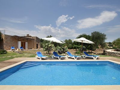Photo for Rustic house in Mallorcan style with pool and air conditioning 4km from the sea