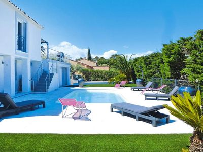 Photo for Villa, St. Aygulf  in Var - 8 persons, 4 bedrooms