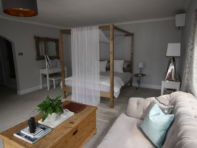 Photo for Luxurious four-poster bedroom suite near Goodwood and Chichester