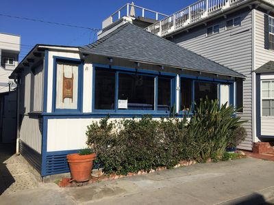 Photo for 2BR Cottage Vacation Rental in AVALON, California