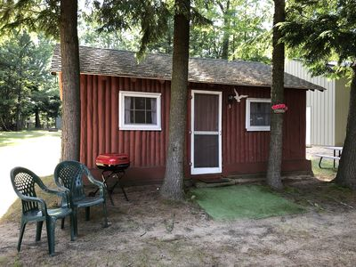 Cozy Beach Cabin in the woods with Pentwater Lake frontage and access