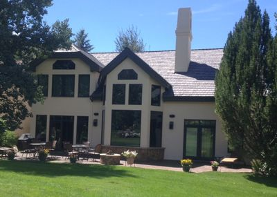 5 Bedroom, 4.5 Ba. Single-family home w/mountain views on 18-hole putting green.
