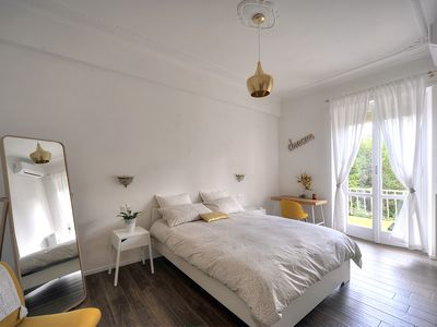 Photo for Sunny and practical apartment in the heart of Rome