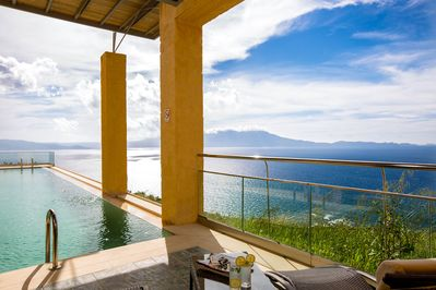 Private infinity swimming pool with panoramic view! *Villa Athina*