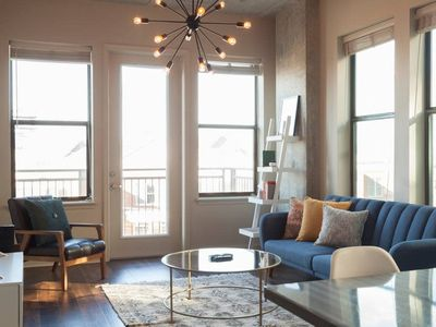 Photo for Trendy 2BD West End Apartment