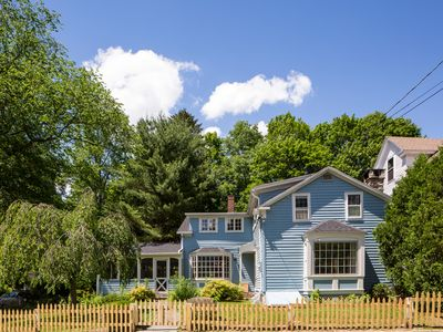 Photo for Charming Ski Cottage in Quintessential New England Village