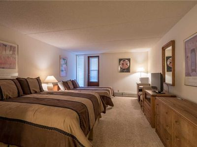 Photo for Hotel w/ 2 queen beds, great value, hot tub, sauna, free wifi, & parking.