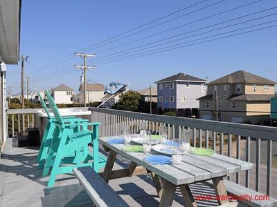 Top Floor Sun Deck II (With Picnic Table)
