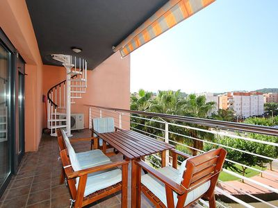 """Photo for Apartment a short walk away (361 m) from the """"Platja de Lloret"""" in Lloret de Mar with Lift, Internet, Washing machine, Air conditioning (88813)"""