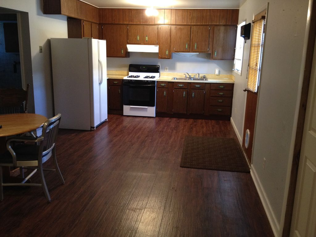 1 Bedroom Fully Furnished Apartment Near Billings And Laurel Wifi And Cable Park City Montana