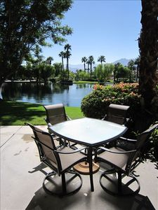 Outdoor Patio Dining...PGA paradise.