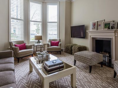 Photo for Stanley Crescent - luxury 2 bedrooms serviced apartment - Travel Keys