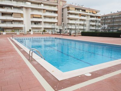 Photo for Perfect apartment for 2 couples with shared swimming pool. Near the beach.