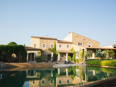 Photo for Magnificent villa in Sablet, a picturesque village of Provence - Up to 20 people