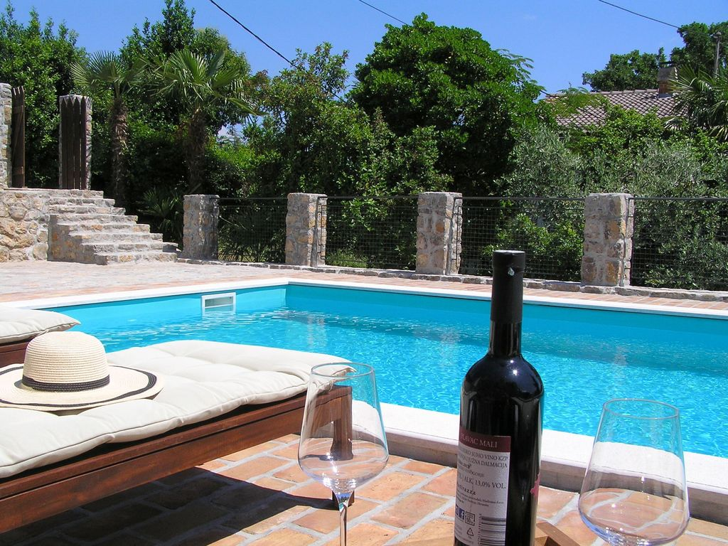 Villa Fani Luxury stone house with swimming pool Icici Best