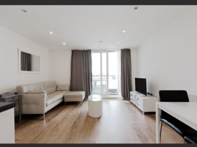 Photo for Stunning apartment in West London with Parking