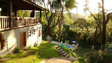 Beautiful chacara for leisure with comfort amidst nature.