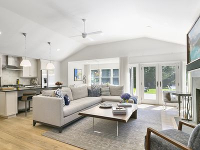 Walk to the Town of East Hampton...beach home completely renovated 2019