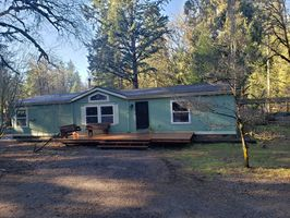 Photo for 6BR House Vacation Rental in Fall Creek, Oregon