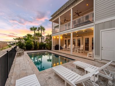 Photo for Gulf Views! Private Pool! Beach Access Right Across the Street!