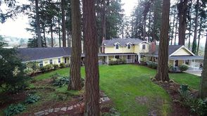 Photo for 2BR Guest House Vacation Rental in Newberg, Oregon