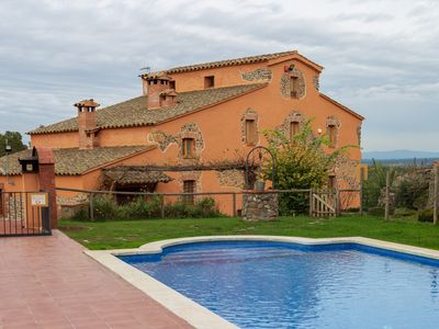 Photo for Large typical Catalan farmhouse with private pool, near the beaches