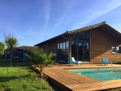 Photo for House Wood with heated pool in Seignosse