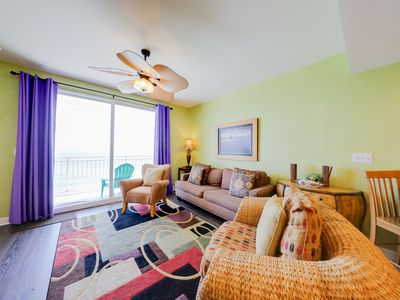 Photo for Ocean and breachfront condo w/shared pool, gym, hot tub - walk to the beach!