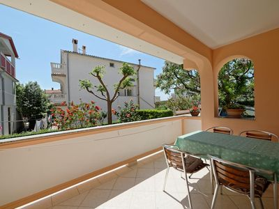 Photo for Two bedroom apartment with terrace Palit, Rab (A-4970-b)