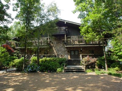 Luxury Business & Family Retreat Lodge on the Lake