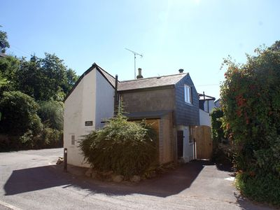 Photo for MOTE COTTAGE, romantic, with open fire in Lerryn, Ref 976432