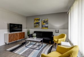Photo for 1BR Apartment Vacation Rental in Royal Oak, Michigan