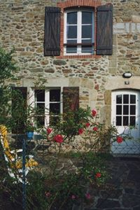 Photo for PROMO - Quiet charm and comfort in a Breton farmhouse