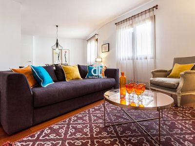 Photo for Homes In Blue - Apartment with 4 bedrooms and 3 bathrooms with capacity for 8 people, located in the historic center of Seville.