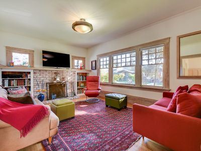 Photo for Peaceful & Comfortable Craftsman Home in Alameda