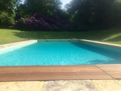 Summer 2018 : the pool is open to guests exclusively for some weeks.