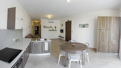 Photo for Central and modern 2 bedroom apartment having 2 bathrooms, sleeps 5