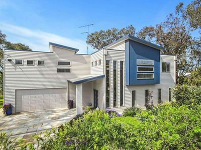 Photo for Ultra modern 4 bedroom holiday home in prime location at Barwon Heads