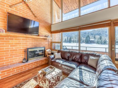 Photo for Modern mountain townhome w/mountain views &grill - close to golf & lake!