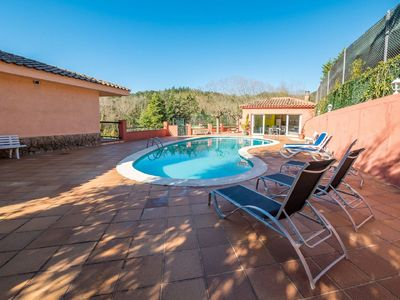 Photo for Lovely apartment for 10 people with private pool, WIFI and TV