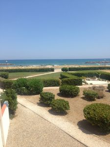 Photo for Apartment 45 m², exceptional sea views and direct access to the beach