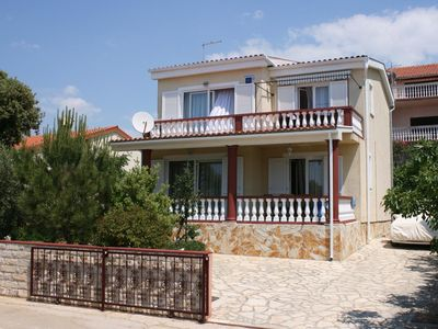 Photo for Two bedroom apartment with terrace and sea view Mandre, Pag (A-6416-a)