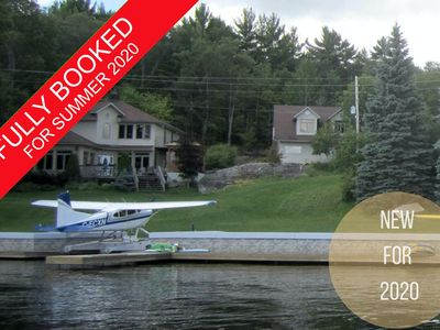 Photo for Delightful 5 Bed, 4 Bath cottage located in the heart of Lake Muskoka! Hot Tub!