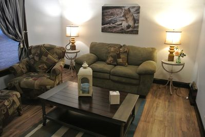 Cozy 1 Bedroom Upstairs Apartment in Two Rivers - Two Rivers